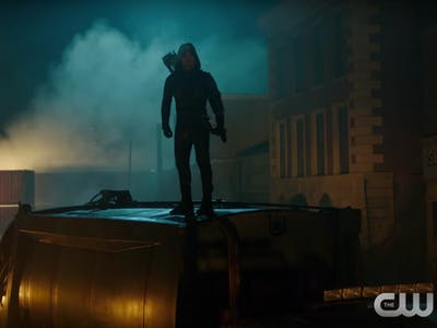 Green Arrow Fails Star City in DC's 'Legends of Tomorrow' Trailer