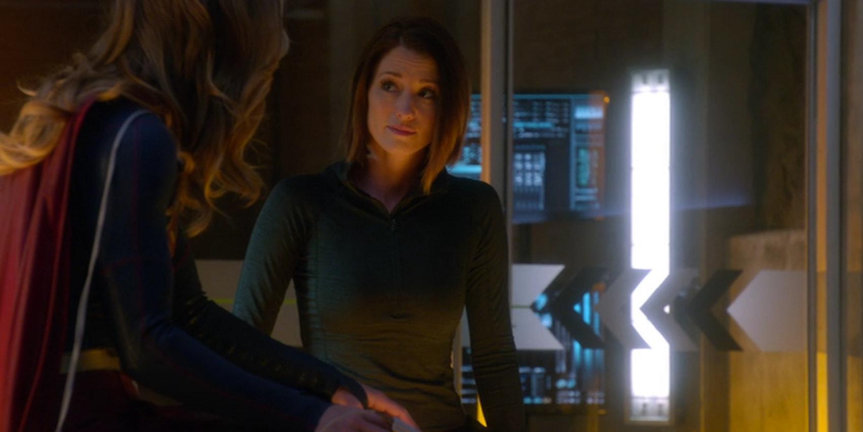 Supergirl and Alex Danvers in 'Supergirl'