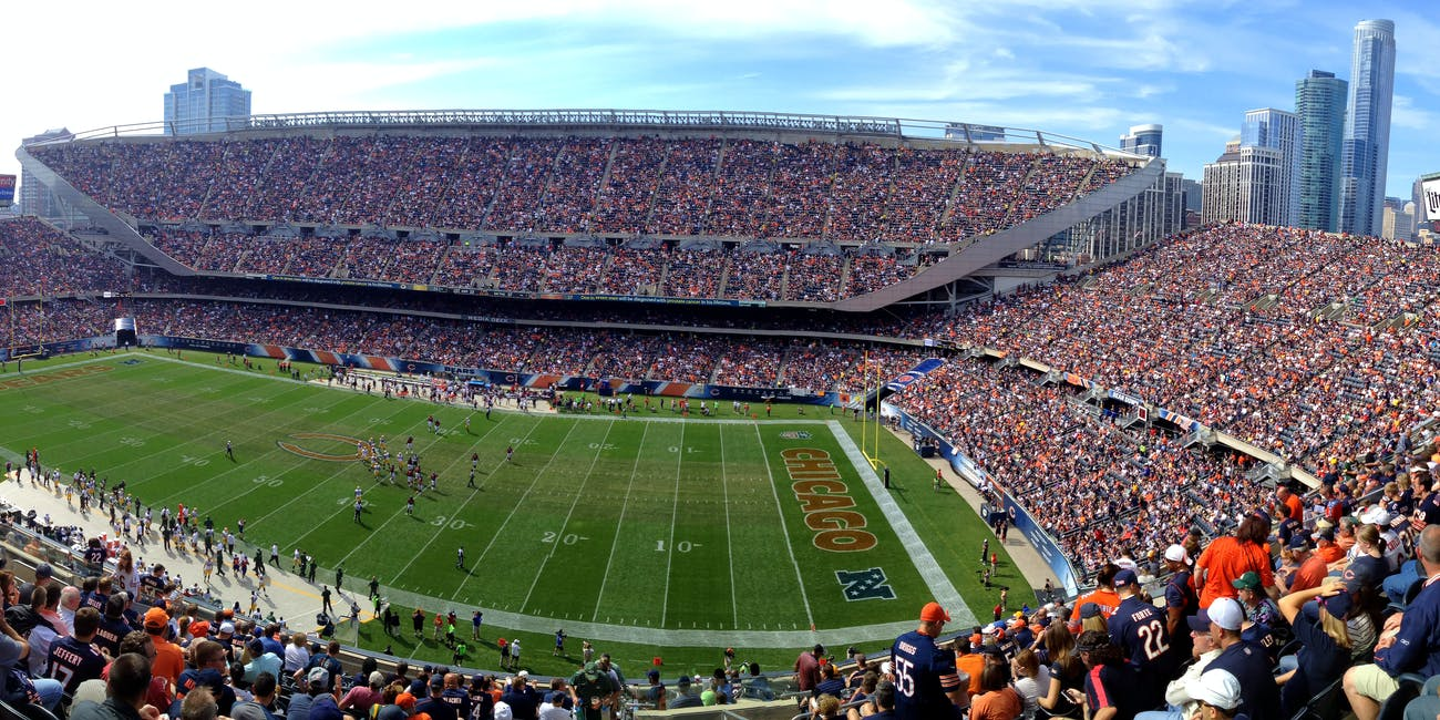 Chicago Bears vs Green Bay Packers Game - 2014