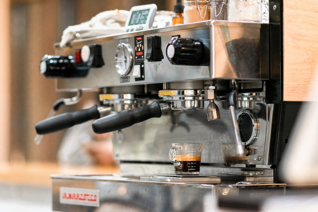 5 Self-Cleaning Coffee Makers Worth Buying