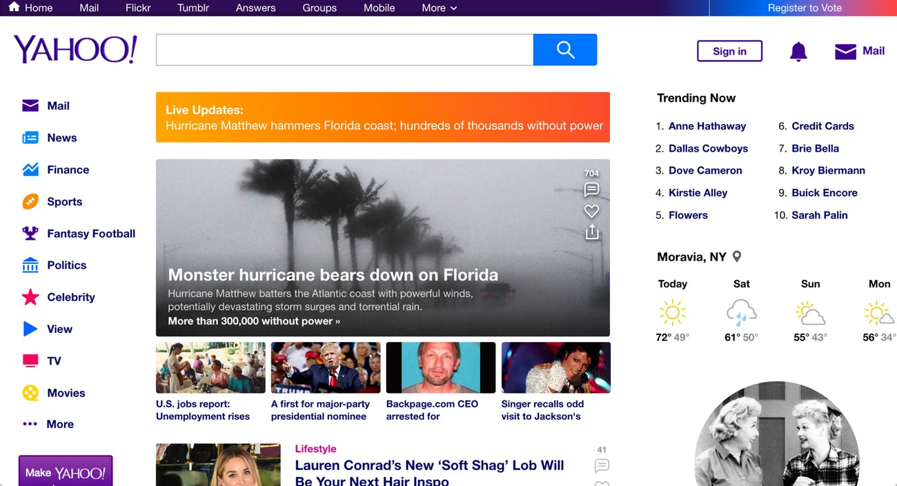 An image shows the Yahoo homepage with prominent sign-in buttons in the top-right corner.