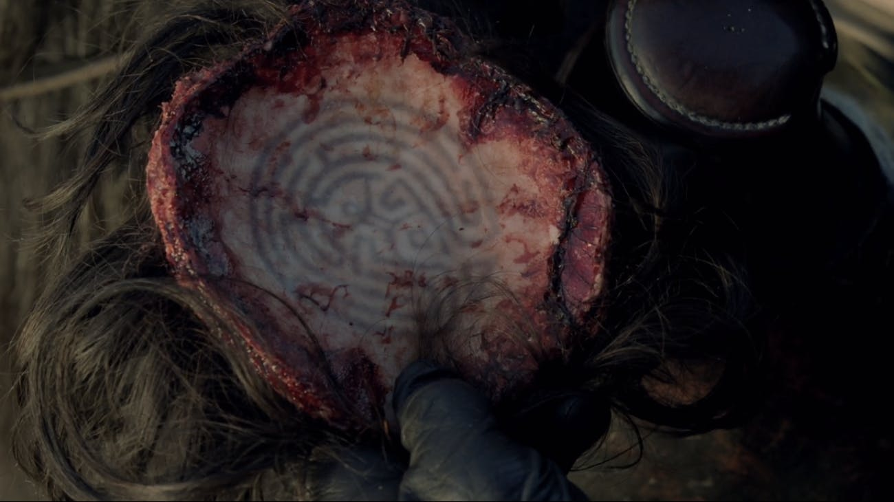 Kissy's scalp in 'Westworld' includes the outline of the Maze.