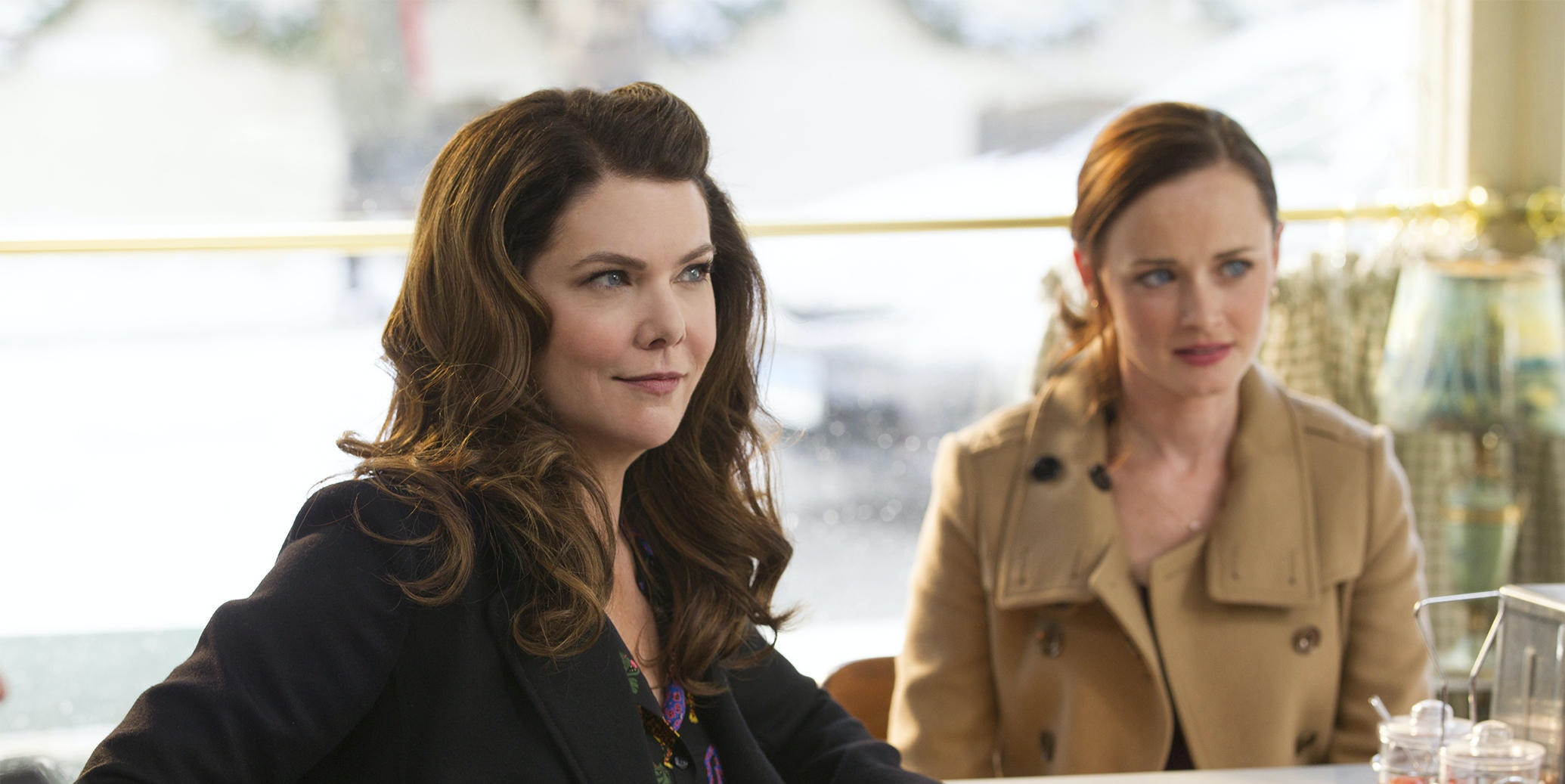 Lorelai and Rory keep forgetting the name of Rory's boyfriend in 'A Year in the Life.'