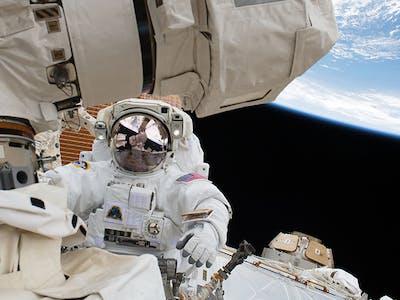 nasa spacewalk iss