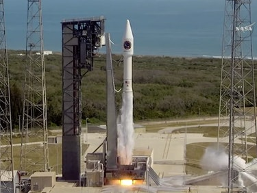 Tuesday's Atlas V Rocket Launch Video Had a Cool Sci-Fi Glitch