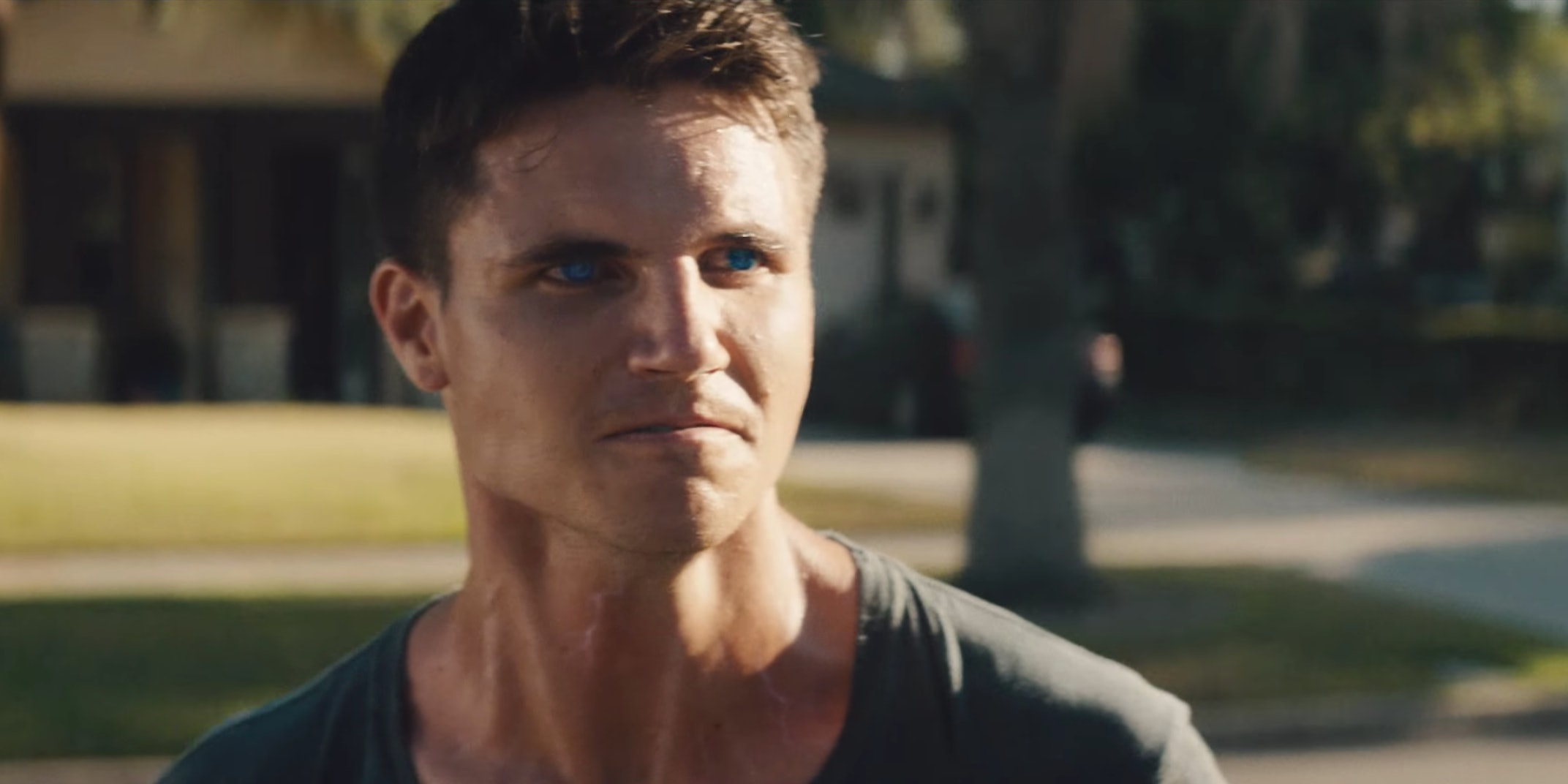 Robbie Amell Teases What's Next for Mutant Thriller 'Code 8'