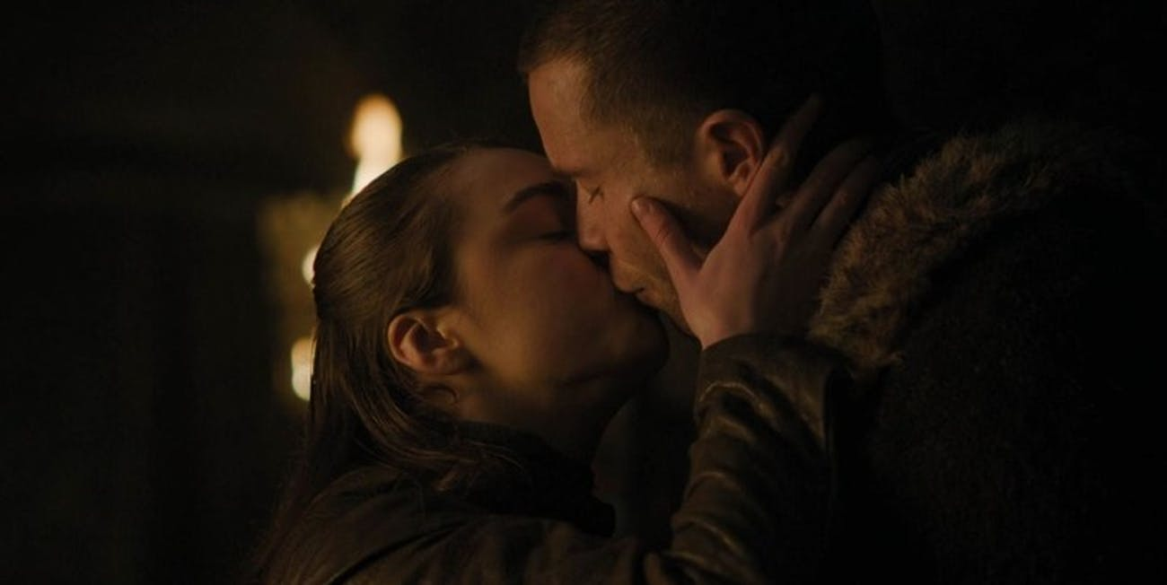 Arya Stark and Gendry Baratheon kiss