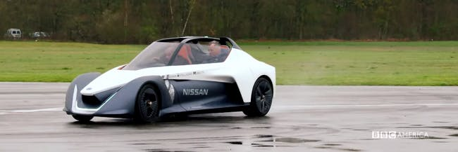 Joey from Friends is in a Nissan Blade for Top Gear