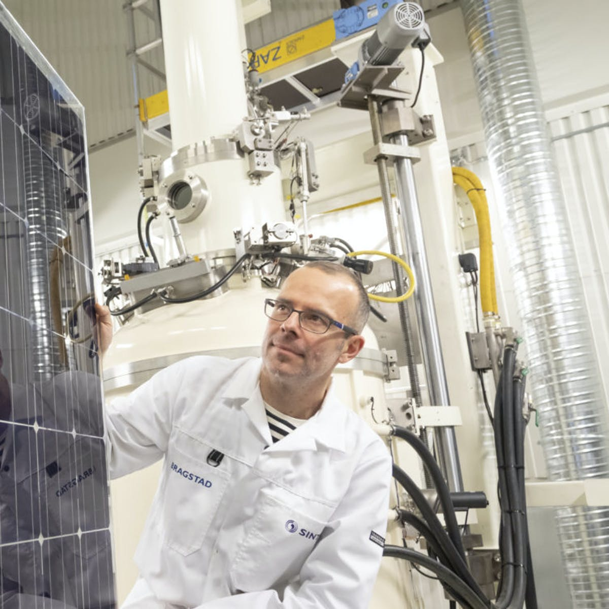 Solar Energy: These Heat-Storing Panels Cool the Cells to Boost Output