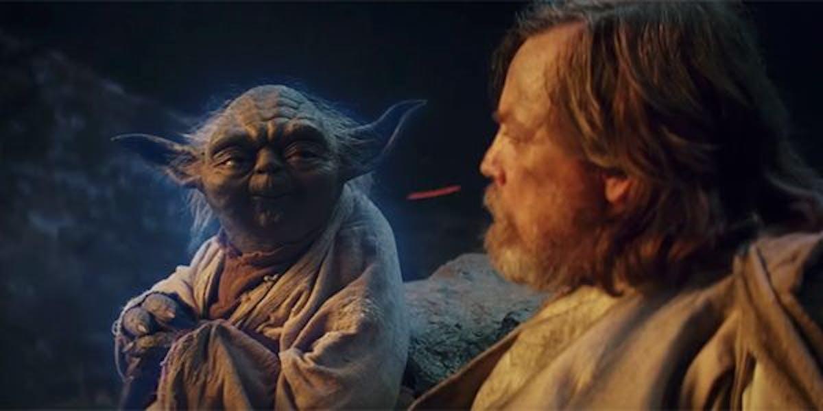 Yoda appeared to Luke Skywalker in 'The Last Jedi'.