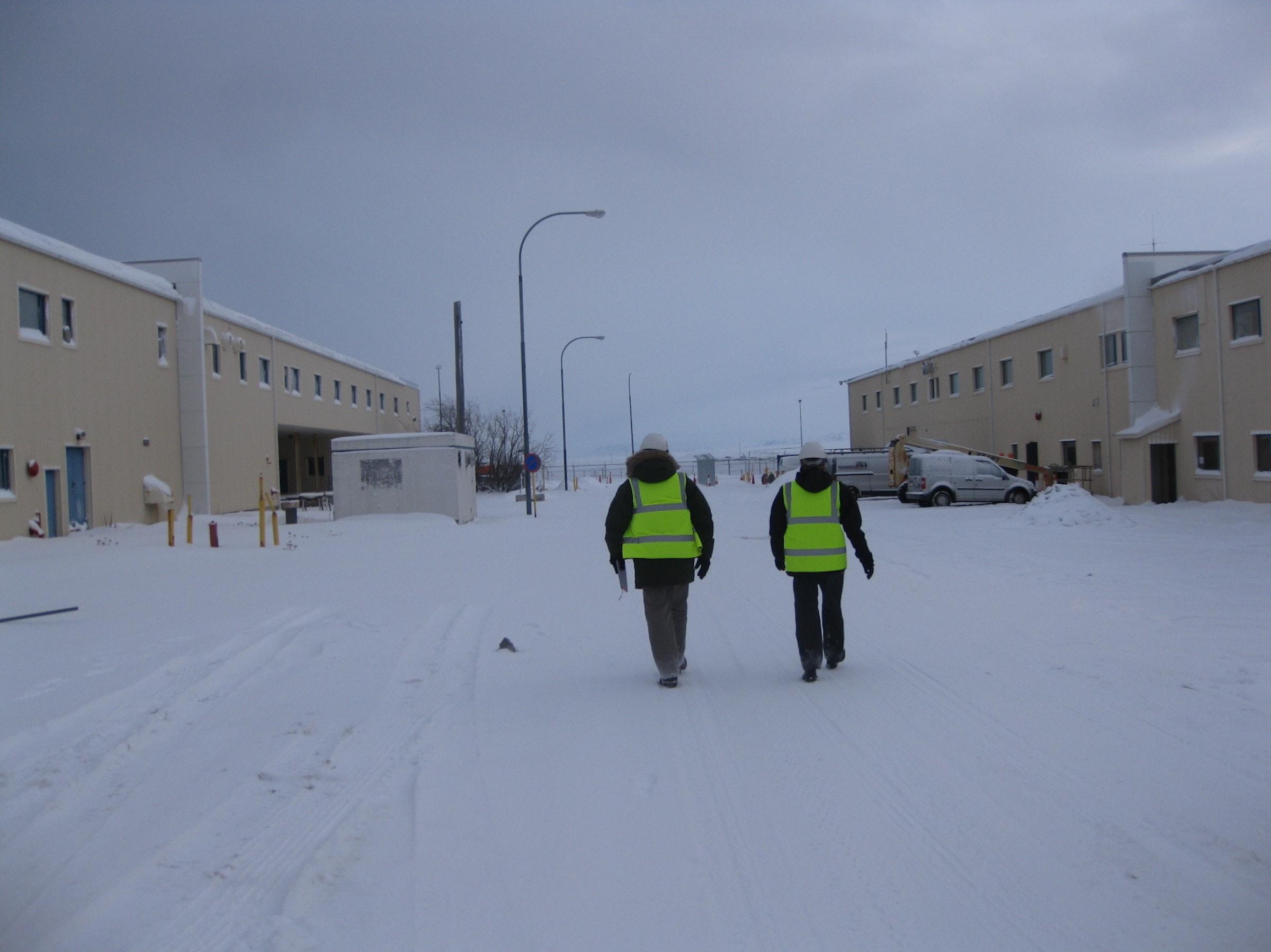 Modern Icelandic professionals go to work.
