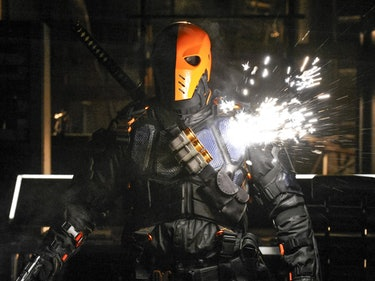 Cryptic Tweet by 'Arrow' Star Hints at Deathstroke's Return