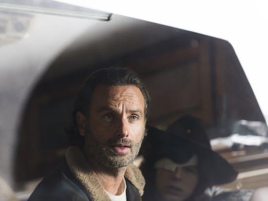 'The Walking Dead' Season 6 Finale Has a Hard-Hitting Ending with Negan