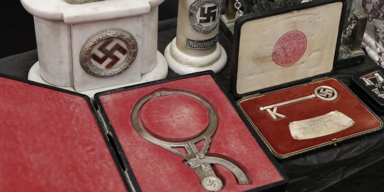 Nazi artifact trove head device