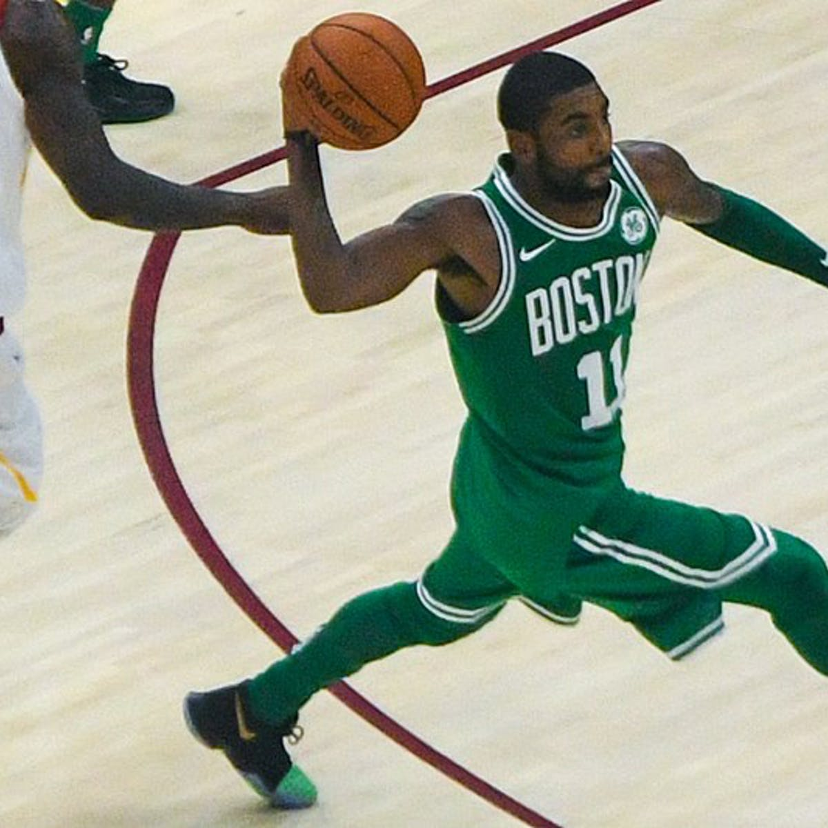 0c9a356d3b61 Kyrie Irving s Knee Surgery and Bacterial Infection Explained by Science