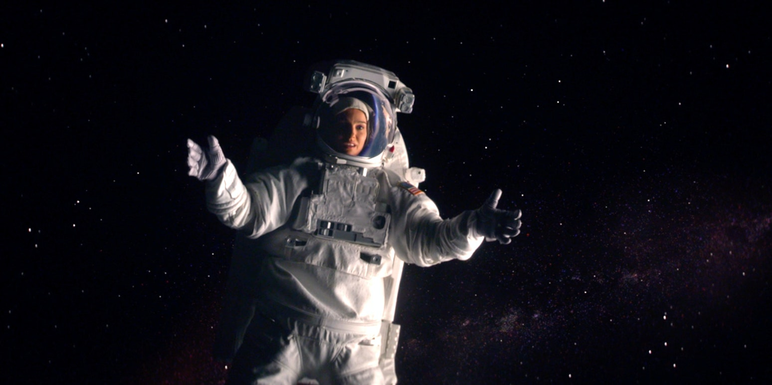"""'Lucy in the Sky' Shows an Atypically Bad Reaction to the """"Overview Effect"""""""