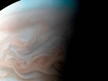 This New Image of Jupiter Looks like a Van Gogh Masterpiece