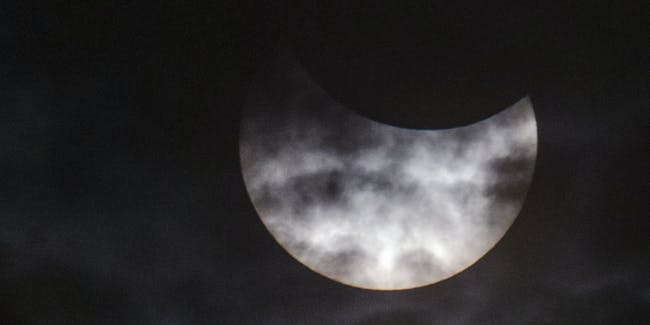 eclipse cloudy weather