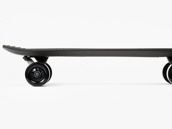 Electric Skateboard Kickstarter Promises Its Battery Won't Explode