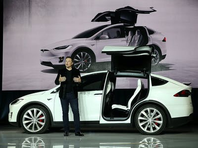 Hacker Says He's Matched Tesla's Self-Driving Car, Elon Musk Claps Back