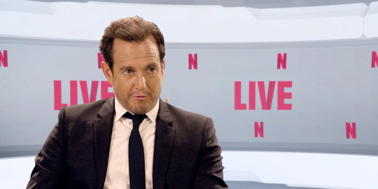 Will Arnet narrates the everyday on Netflix Live.