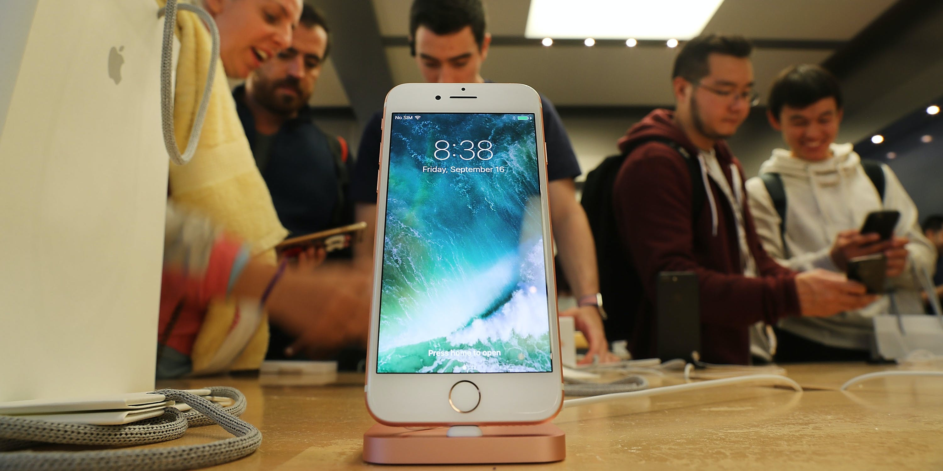 NEW YORK, NY - SEPTEMBER 16:  The new iPhone 7 is displayed on a table at an Apple store in Manhattan on September 16, 2016 in New York City. People around the globe waited in long lines to be among the first to purchase both the iPhone 7 and the iPhone 7 Plus. The phones offer longer battery life, faster browsing, a better camera and do not have a traditional headphone jack.  (Photo by Spencer Platt/Getty Images)