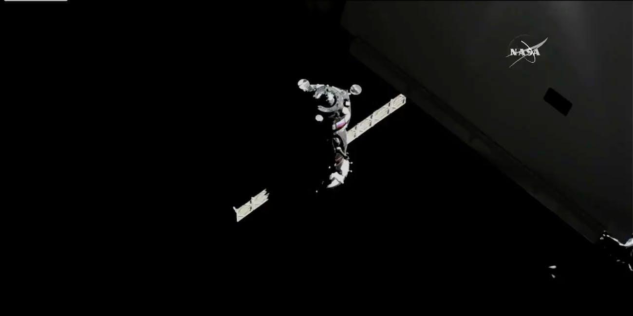 soyuz docking on ISS