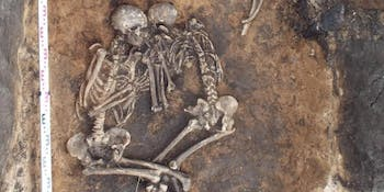 Plague victim, skeletons, Bronze Age