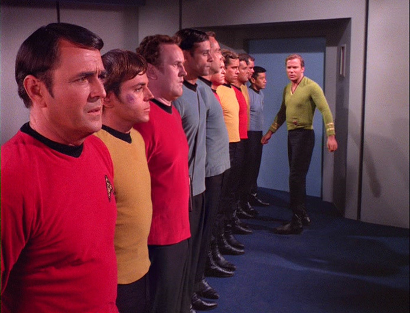 Bashir and O'Brien get themselves into trouble with Captain Kirk, decades before they are born.