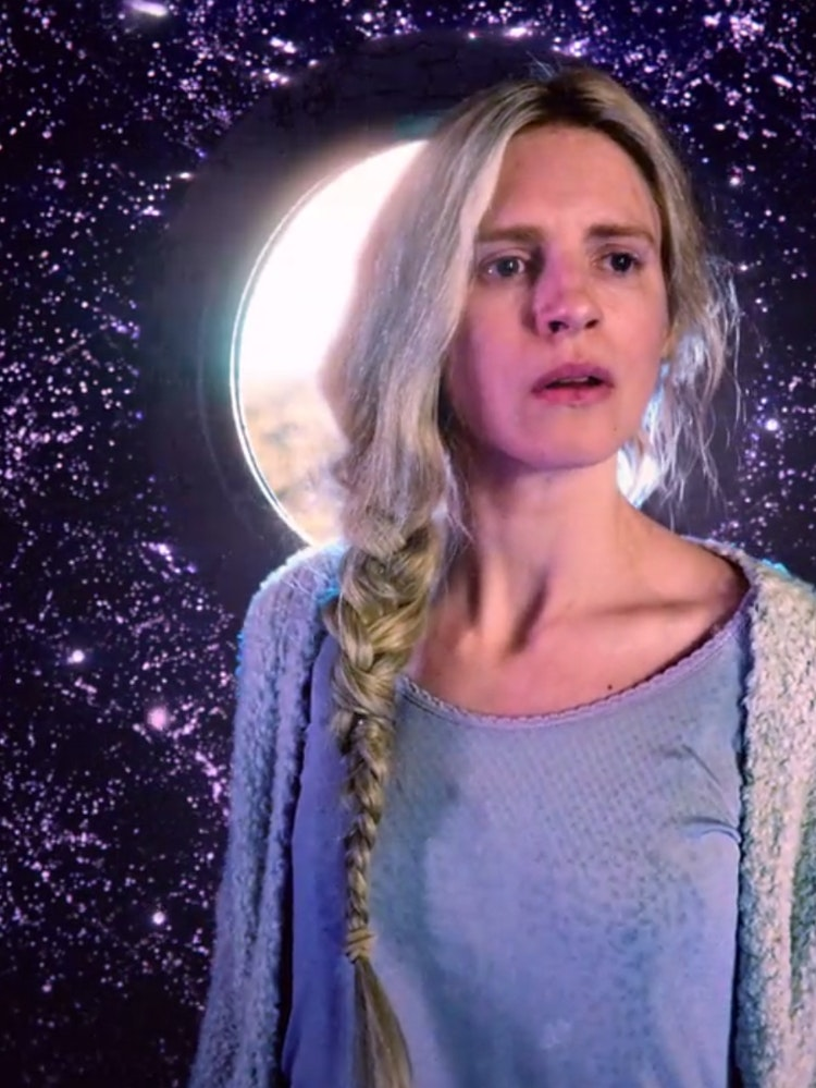 Brit marling in sound of my voice 2013 - 3 3