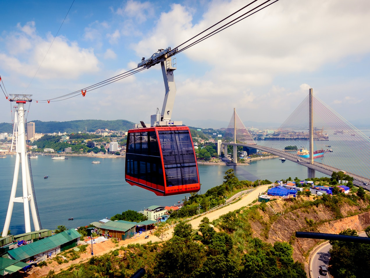 The Biggest Aerial Tramway on Earth Is an Engineering Marvel