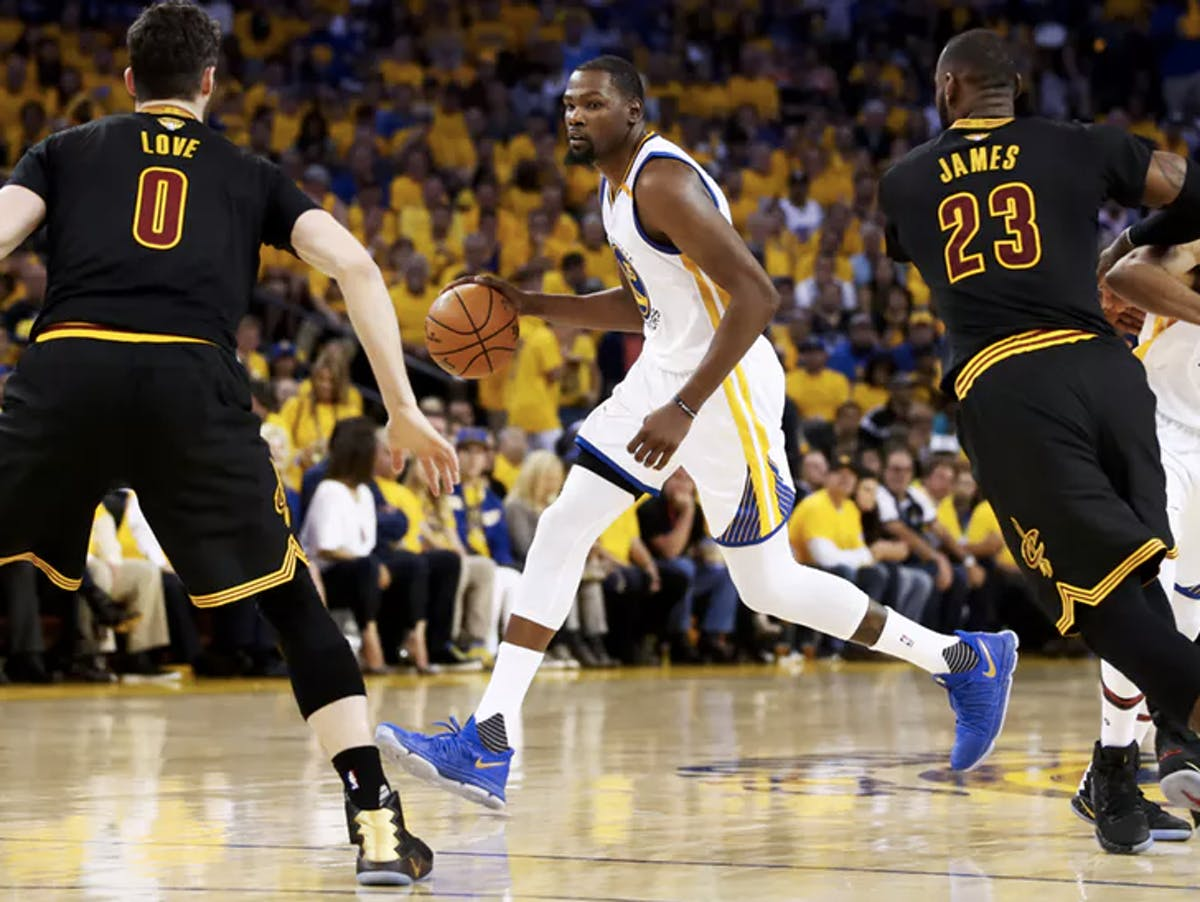 1944152ba3e5 oakland-ca---june-04-kevin -durant-35-of-the-golden-state-warriors-is-defended-by-kyrie-irving -2.png rect 126