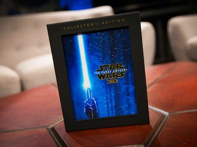 The Four-Disc 'Force Awakens' Blu-Ray is for Super-Fans Only