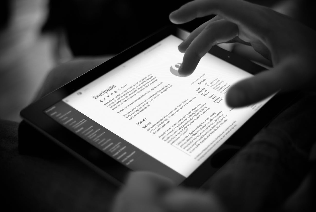 Everipedia on a tablet.