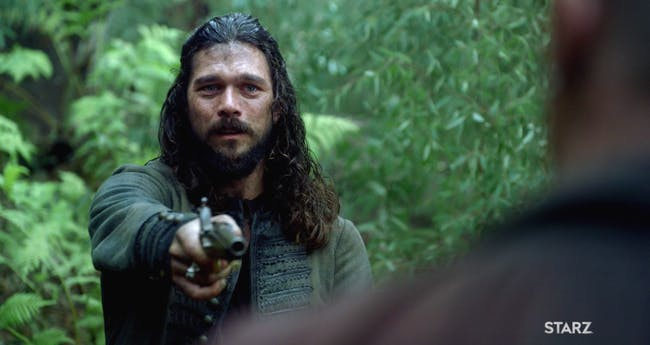 Luke Arnold as John Silver and Toby Stephens as James Flint in the 'Black Sails' series finale