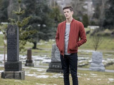 New 'The Flash' Photos Show Iris's Grave in Savitar's Future