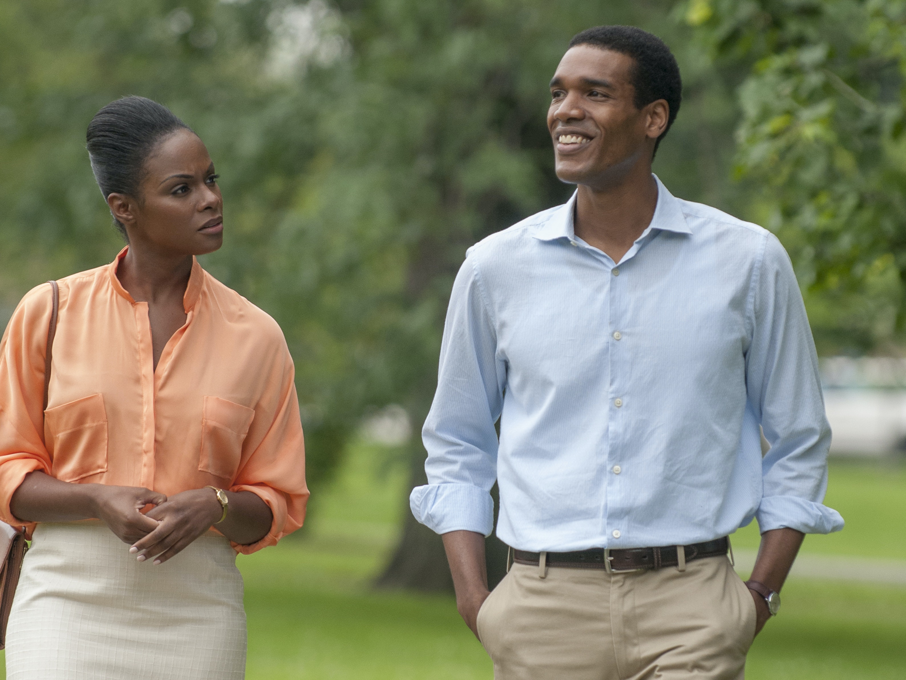 Tika Sumpter and Parker Sawyers in 'Southside With You'