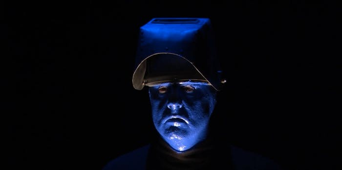 In 'Arrested Development', Jeffrey Tambor's character once posed as a member of the Blue Man Group.