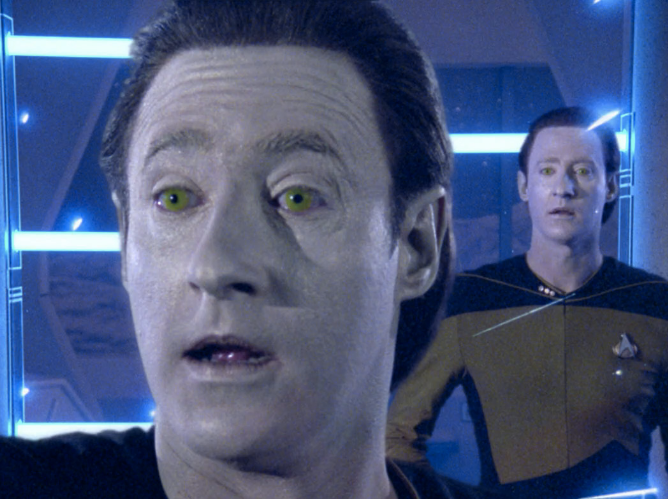 Data Becomes an Army of Holograms in 'Star Trek: Waypoint'