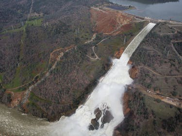 Here's the Technical Reason the Oroville Dam Spillways Burst