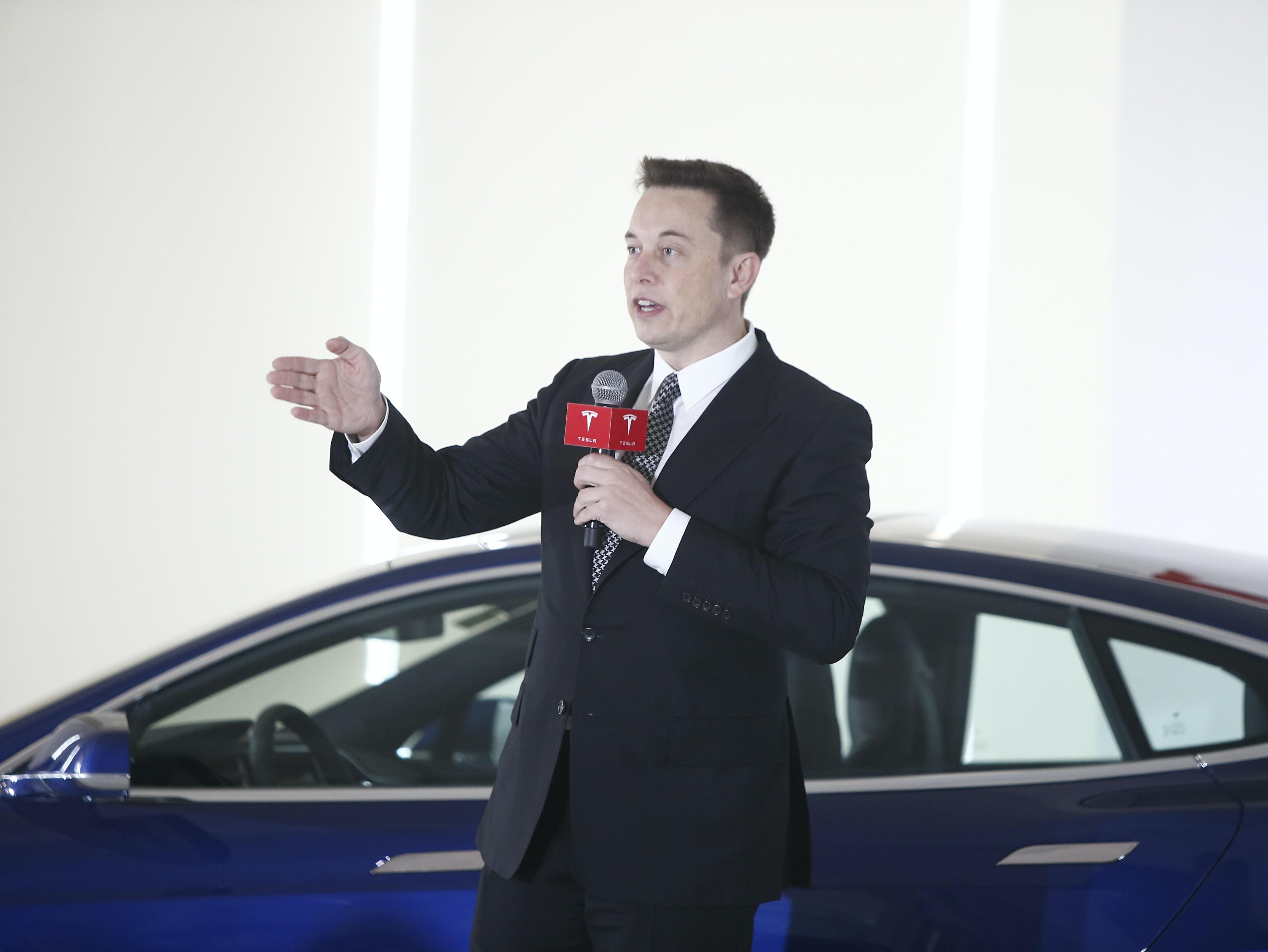 "Elon Musk Just Slammed a Major Coal CEO Who Called Tesla a ""Fraud"""