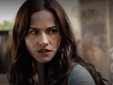 Syfy's 'Van Helsing' Will Feature Vampires We've Never Seen
