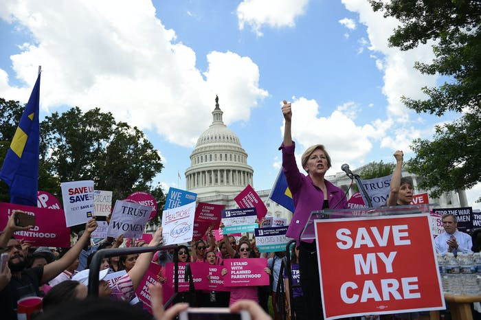 Elizabeth Warren rally planned parenthood healthcare
