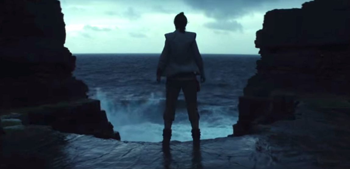 Rey looking like she's straight out of Caspar David Friedrich's famous painting, 'Wanderer Above the Sea of Fog.'