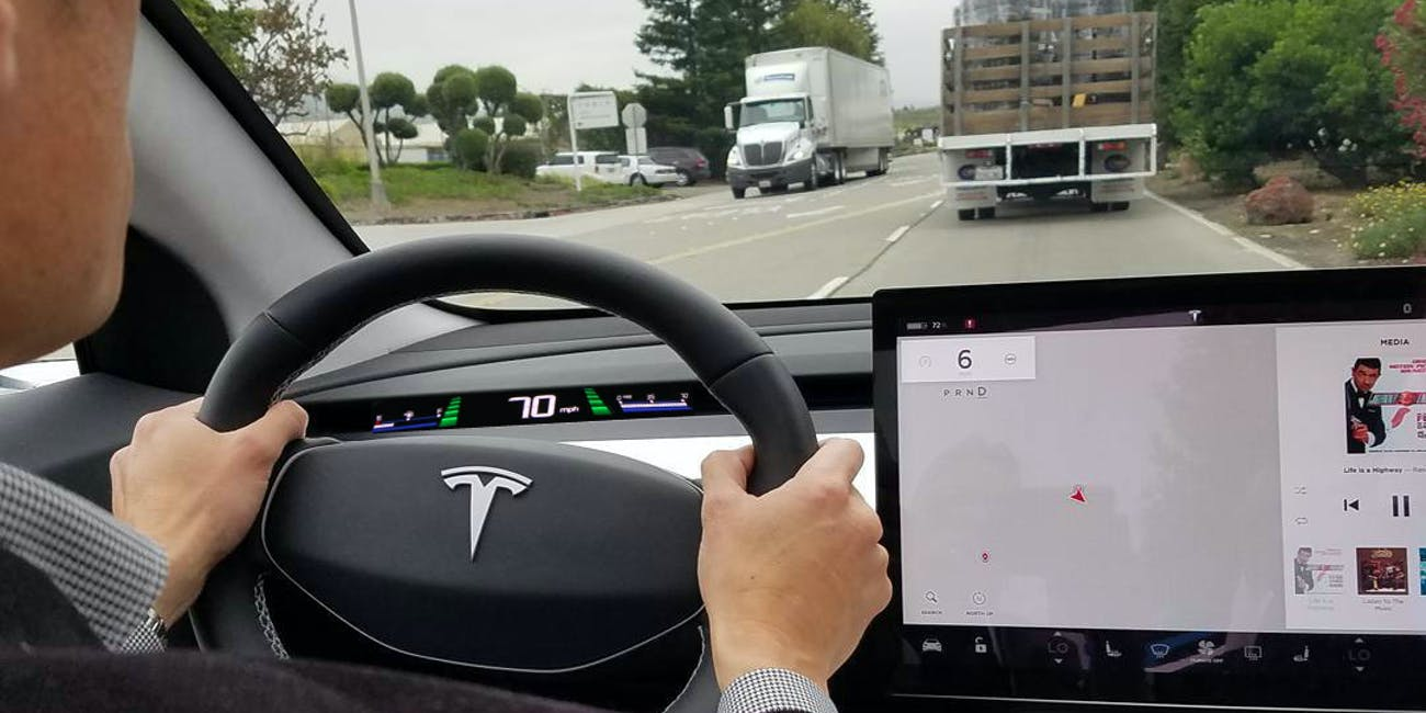 This Tesla Dashboard Concept Solves The Model 3 S Gest Mystery
