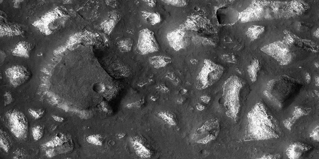 Mars may have had deep basins full of life.