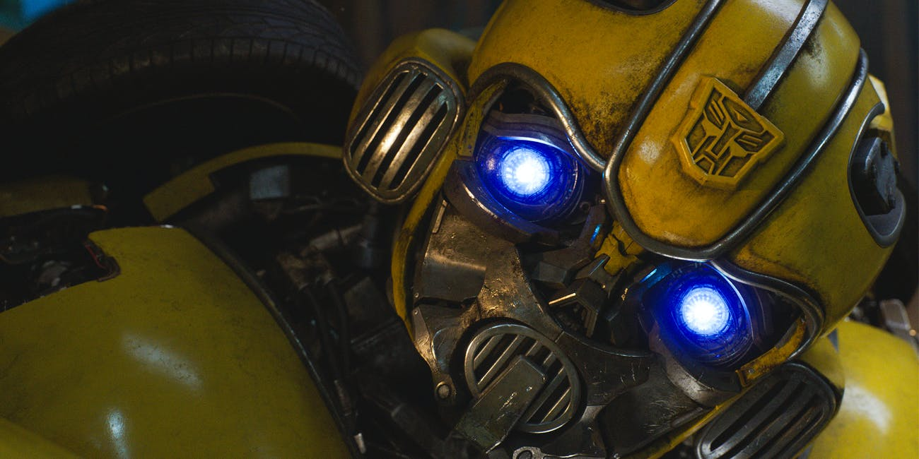 https://fsmedia.imgix.net/92/c5/33/04/2800/4736/81dd/d4a823e32403/bumblebee-without-his-memory-acts-just-like-a-toddler.jpeg?rect=0%2C59%2C4173%2C2088&dpr=2&auto=format%2Ccompress&w=650