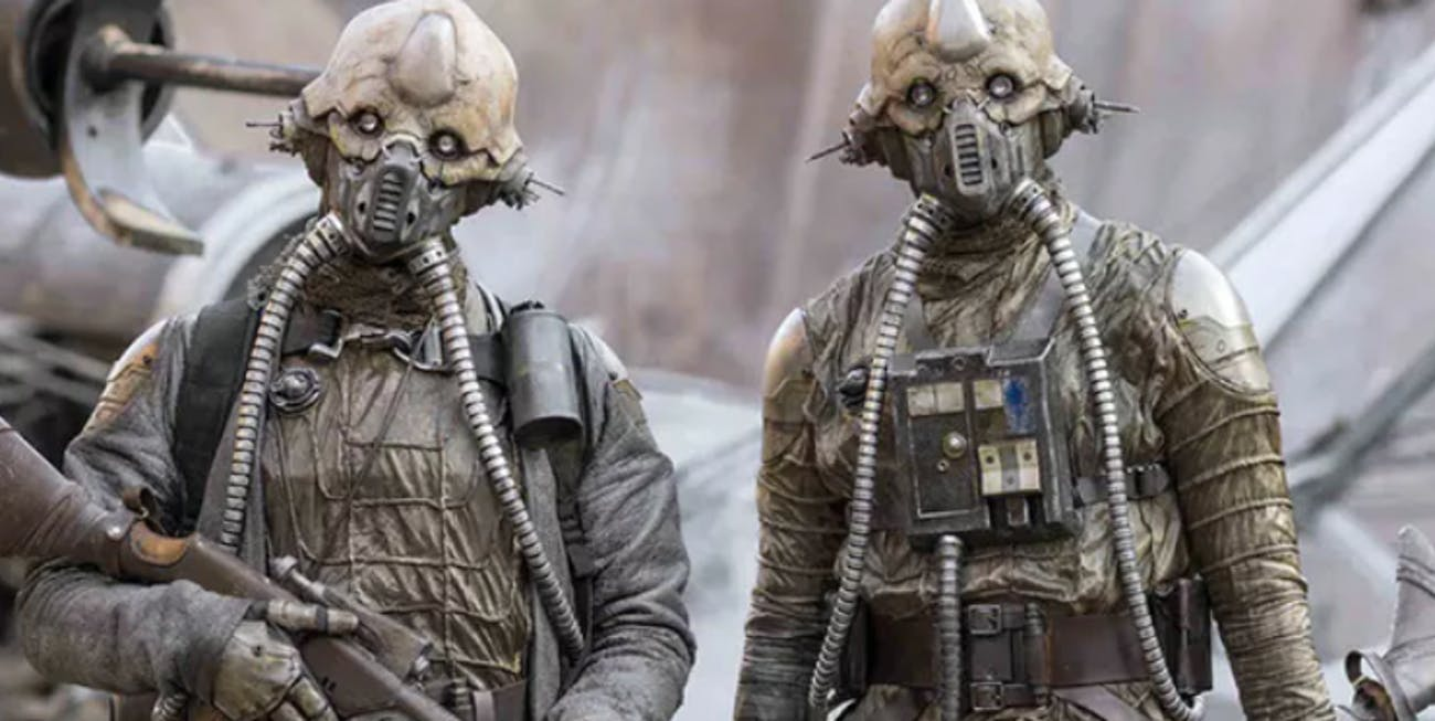 """Erido Two-Tubes and his """"egg mate"""" in 'Rogue One'"""