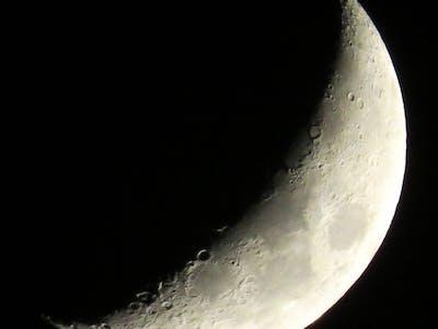 NASA Should Continue Snubbing the Moon