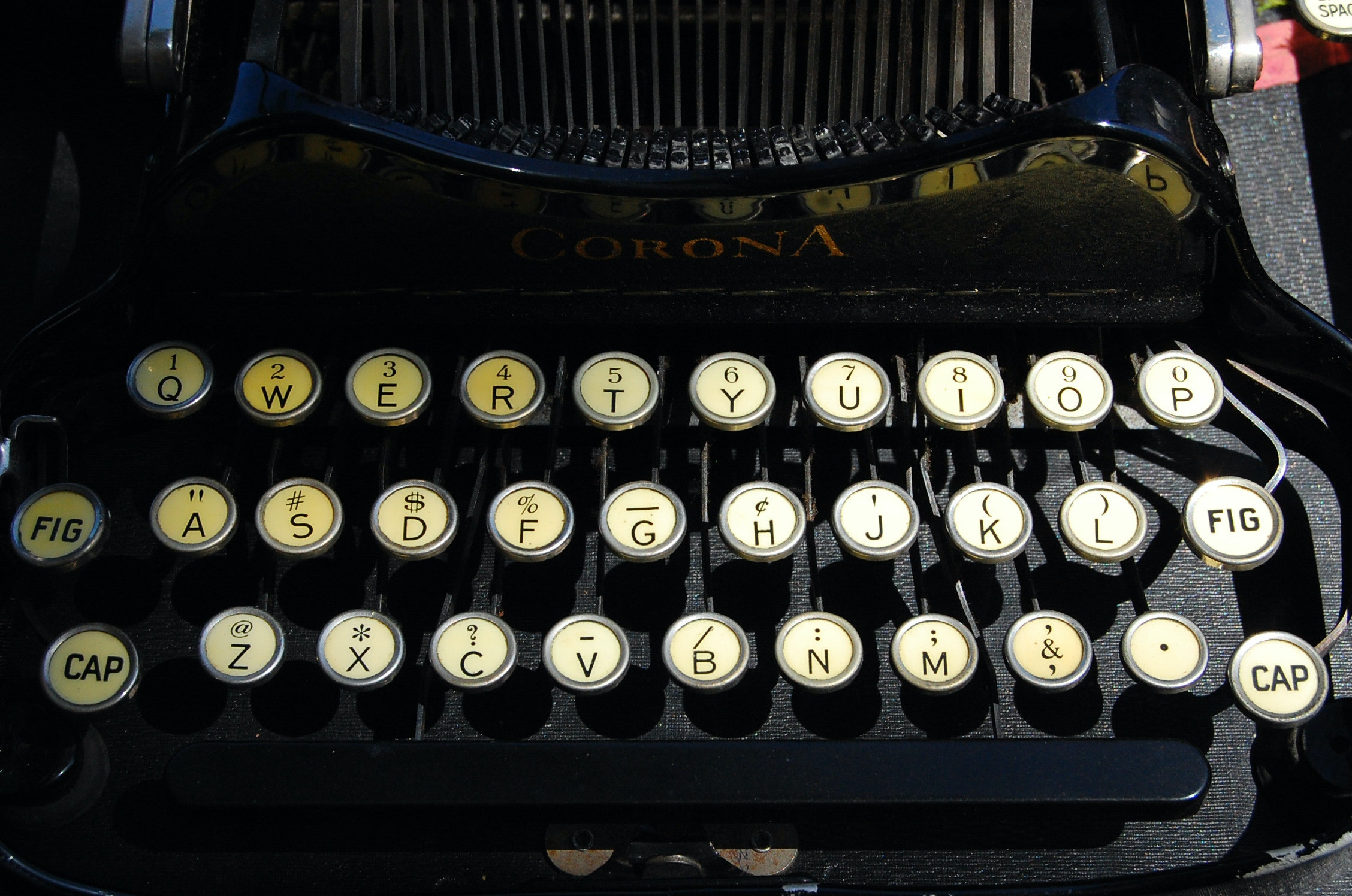 office letters format%0A QWERTY Classic